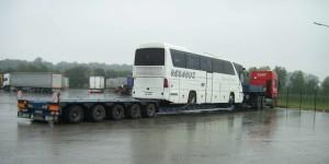 Перевозка-автобуса-Mercedes-Benz