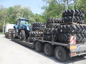 Перевозка-трактора-New-Holland-