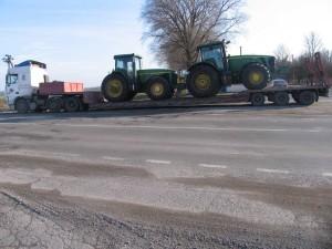 Перевозка-тракторов-Джон-Дир-8430
